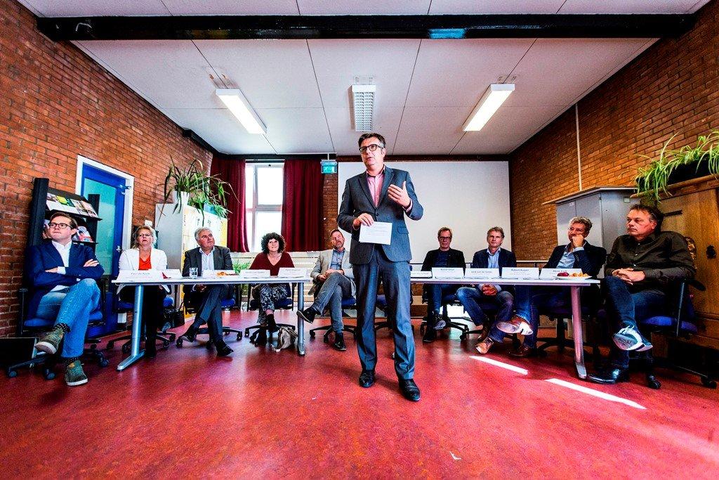 Foto persconferentie - Wethouder Roeland van der Schaaf